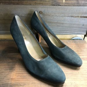 Vintage Salvatore Ferragamo Blue Leather Heels 9